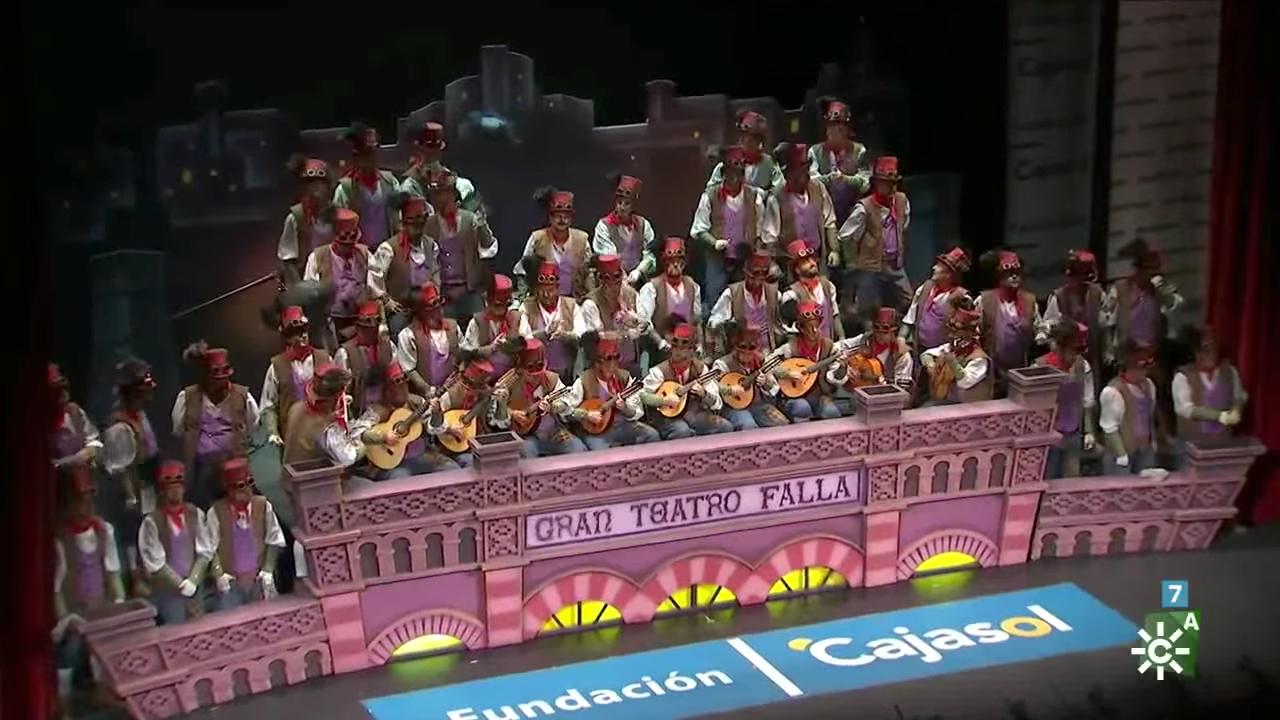 """""""Los Chimenea"""" cantan un tango en los carnavales de Cádiz dedicado Joan Manuel Serrat"""