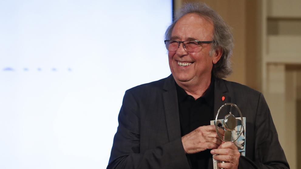Cifuentes distingue a Coixet y Serrat con el Premio de Cultura de Madrid